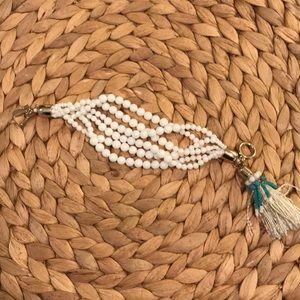 Vineyard Vines white bead bracelet